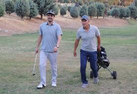 گلف بازی کردن کالدرون پس از برد مقابل پیکان/عکس