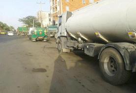 جولان خودروهای سنگین در ایرانشهر