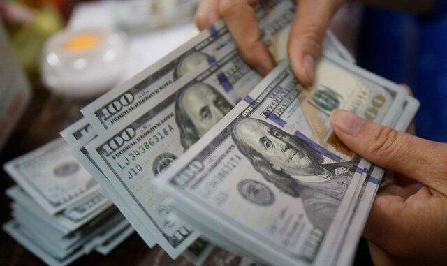 دلار را چند میخرند؟