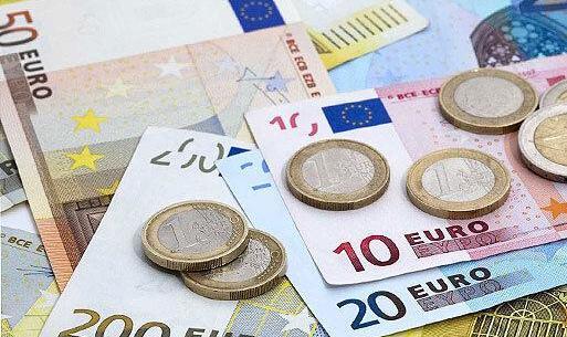 ریزش قیمت طلا و سکه   دلار هم ارزانتر شد