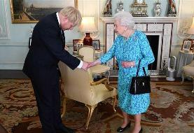 Boris Johnson 'will dare the Queen to SACK him'