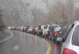 بارش برف و باران در محورهای مواصلاتی ۵ استان/ رانندگان مراقب کاهش دید خود باشند
