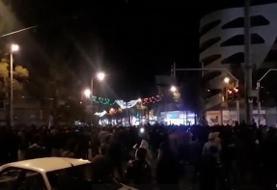 تظاهرات در چندین شهر ایران علیه افزایش قیمت بنزین
