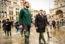 دروازهبان تیم ملی ایتالیا در شهر سیلزده ونیز+عکس