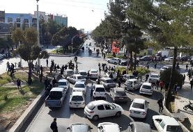 روایت خبرگزاری فارس از اعتراضات بنزینی شنبه (+عکس)
