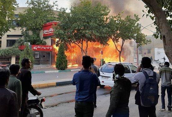 آمار خبرگزاری فارس: بازداشت هزار نفر، تجمع در ۱۰۰ نقطه کشور، حمله ...