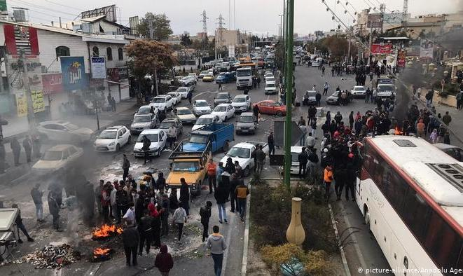 واکنش وزیر ارتباطات به قطعی اینترنت در پی شورش در شهرهای ایران: ما هم پیگیر هستیم! چیزی به نام اینترنت ملی وجود ندارد