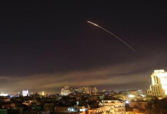 اسرائیل: به اهداف ایرانی و سوری در سوریه حمله گسترده کردهایم