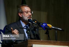 لاریجانی تاکید کرد: ضرورت توسعه خطوط ریلی با اتحادیه شرکتهای داخلی