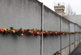 ۳۰ سالگی فروپاشی دیوار برلین؛ تاکید مرکل بر دفاع از «آزادی» و «دموکراسی»