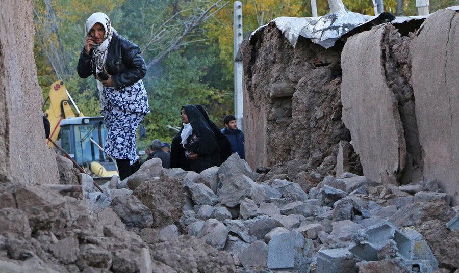 روحانی: مردم زلزلهزده آذربایجان شرقی خانه اجاره کنند؛ دولت پول آن را میدهد