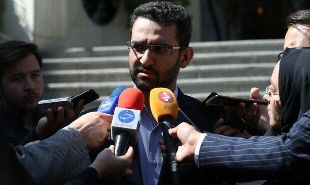 وزیر ارتباطات از «حمله بسیار بزرگ» به زیرساختهای الکترونیک ایران خبر داد