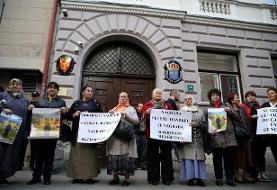 اعطای نوبل ادبیات به حامی قصاب بالکان | اوجگیری تحریمها و اعتراضهای مردمی