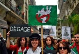 هزاران نفر در الجزایر در اعتراض به انتخابات ریاستجمهوری راهپیمایی کردند