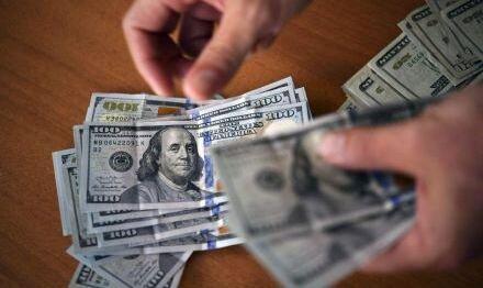 بازگشت دلار به کانال ۱۲۰۰۰ تومان
