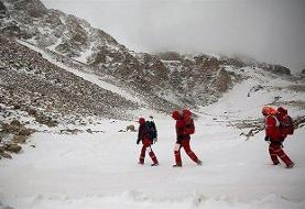 امدادرسانی به عشایر گرفتار در برف ارتفاعات ایذه