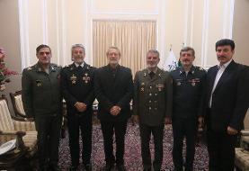 فرمانده ارتش با رئیس مجلس دیدار کرد + عکس