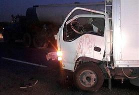 مرگ ۲نفر در تصادف ایسوزو و تریلی در حوالی شهرک صنعتی سمنان/ مصدومیت ۹ نفر در تصادف میامی-سبزوار