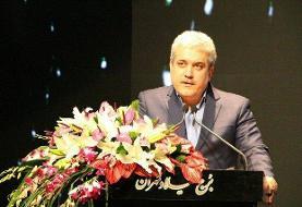 واکنش ستاری در برابر مخالفان تاکسیهای اینترنتی چه بود؟ | درآمدزایی از شهر هوشمند جای ...
