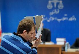 بعضیها مقابل هیچکس پاسخگو نیستند! پاسخ و متلک دولت روحانی به مبارزه با فساد: باید پشت پرده بابکزنجانی مشخص شود