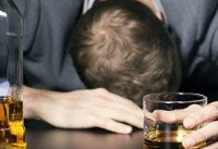 مشروبات الکلی جان بیش از ۱۰۰ نفر هندی را گرفت