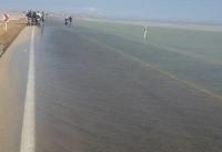آبگرفتگی، جاده ساحلی گناوه به بوشهر را بست (+عکس)