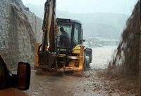 اعزام نیروهای خدمات شهری و ماشین آلات سنگین به مناطق سیل زده