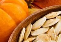 ۱۶ دلیل برای مصرف دانه&#۸۲۰۴;های کدو تنبل