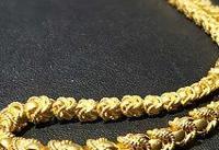 استقبال تازه عروس های یزدی از زیورآلات آبکاری شده با طلا