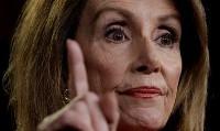 پلوسی: دولت آمریکا مجوزی از کنگره برای جنگ با ایران ندارد