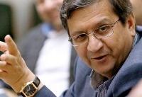همتی: افزایش قیمت ارز متغییر اقتصادی ندارد