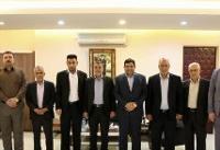 دیدار چند تن از فرماندهان حشدالشعبی با رئیس ستاد اجرایی فرمان حضرت امام(ره)