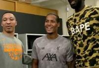 ملاقات بلندقدترین بسکتبالیست NBA با بازیکنان لیورپول + عکس