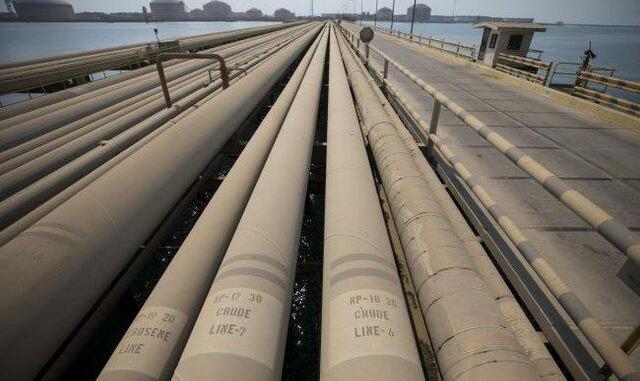 امکان صادرات نفت از شرق تنگه هرمز تا پایان سال ۹۹