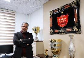 عرب: استعفا ندادهام