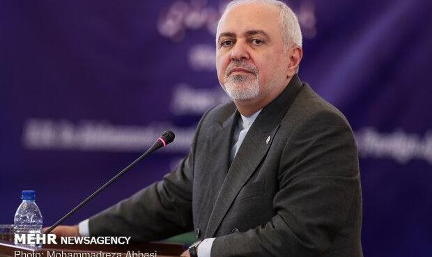 توصیه ظریف به هوک: آرشیو امنیت ملی آمریکا را مطالعه کن