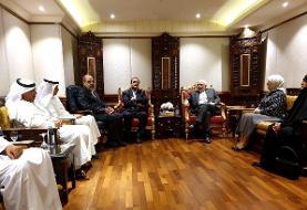 دیدار ظریف با اعضای انجمن دوستی ایران و کویت (+عکس)