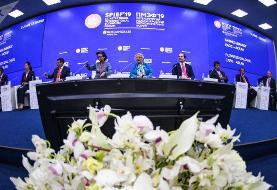 مشکل ایران تحریم ها نیست فساد است