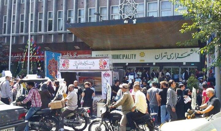 آخرن وضعیت معترضان دستگیرشده مقابل شهرداری