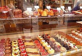 آمادگی بازار شیرینی برای عید غدیر + قیمتها