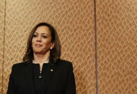 Kamala Says She's Uncomfortable with Bernie's Health-Care Plan Two Years After Cosponsoring It