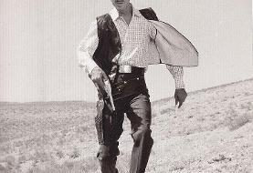 داریوش اسدزاده نیم قرن پیش با لباسی متفاوت