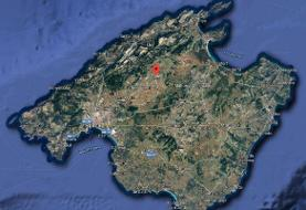 7 dead, including 2 children, after a plane collided with a helicopter midair over the popular ...