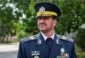 فرمانده پدافند هوایی ارتش: پهپاد متجاوز را با سامانه های بومی و شلیک موشک منهدم کردیم/ بارها ...