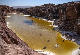 (تصاویر) شنا در «گنبد نمکی» قم