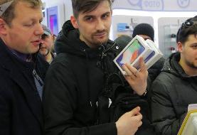 در روسیه نویت خرید آیفون ۱۱ تا ۷۶۰۰ دلار به فروش می رسد