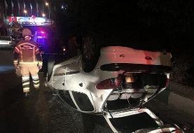 واژگونی خودرو سواری در بزرگراه شهید فهمیده