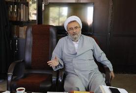 روزنامه جمهوری اسلامی:امروز جریانهایی در بین روحانیت نفوذ کرده اند و آنها را به اموری که با ...