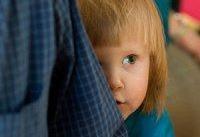 کدام کودکان کم&#۸۲۰۴;رو و خجالتی می&#۸۲۰۴;شوند