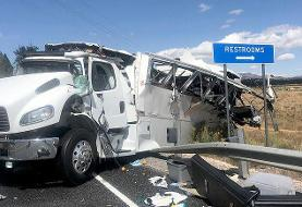 (تصاویر) تصادف مرگبار اتوبوس گردشگران چینی در آمریکا